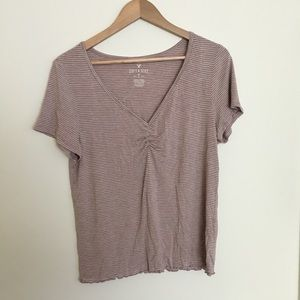 Lilac striped cropped v neck tee